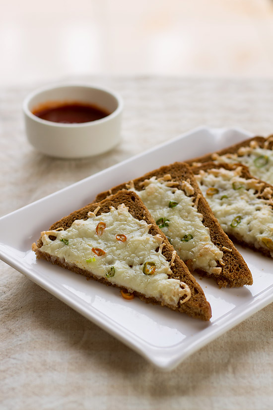 Cheese Chilli Toast Recipe, Cheese Chilli Toast Sandwich Recipe