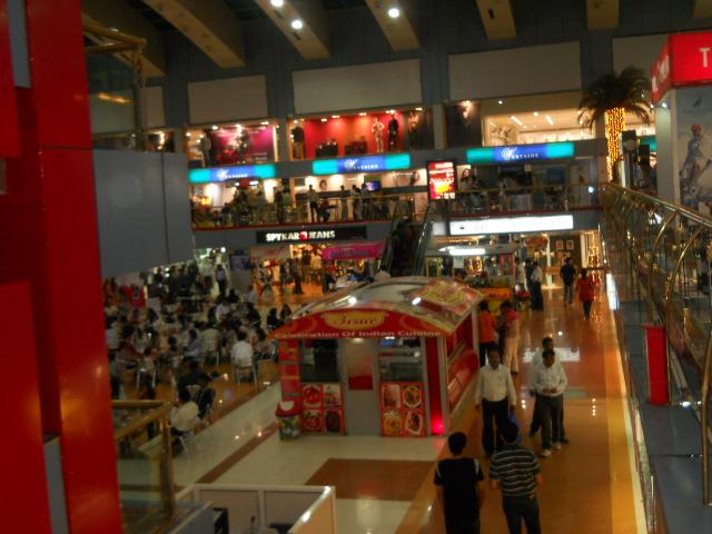 Pune Shopping Places – Pune Hangout