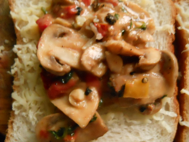 Mushrooms on Toast Recipe – Mushroom Toast Sandwich