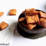 Sweet Shankarpali Recipe, How to make Sweet Shankarpali | Diwali Snacks
