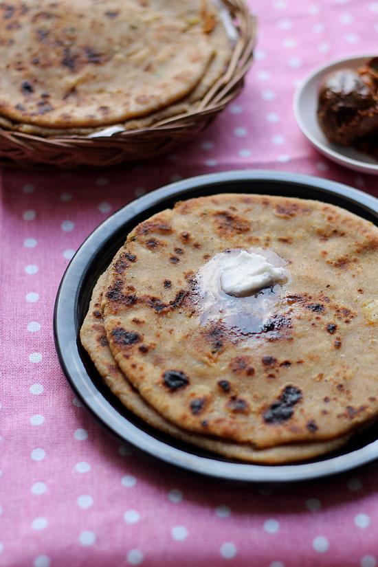 Aloo Paratha Recipe, How to make Aloo Paratha Recipe | Parathas