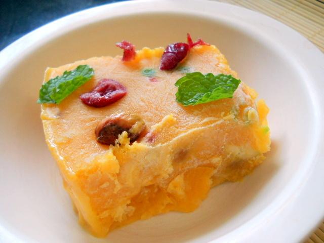 Yummy Homemade Mango Icecream