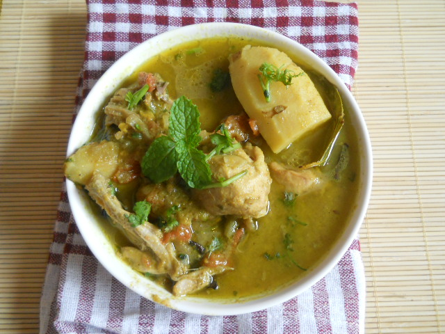 Indian Green Chicken Curry Recipe