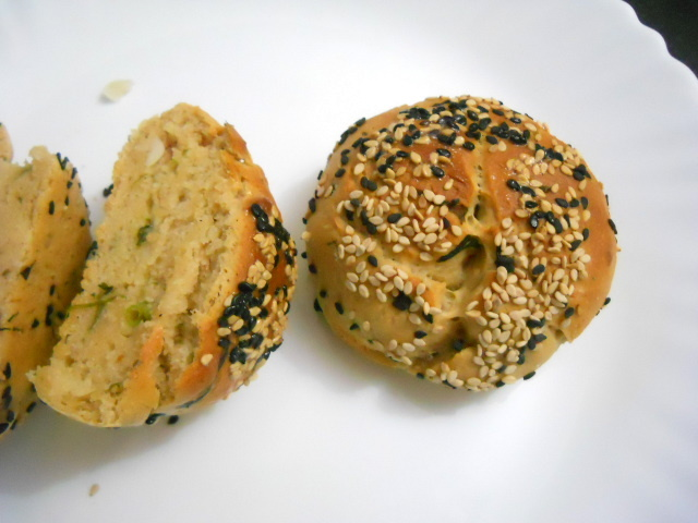 Cheese Stuffed Buns with Herbs