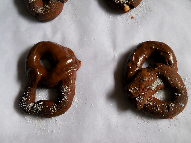 Dark Chocolate Dipped Pretzels