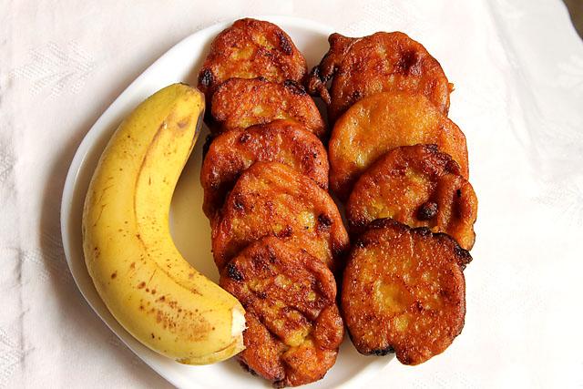 Eggless Banana Fritters2