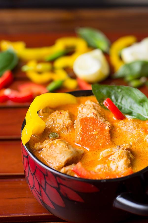 Thai Red Curry Chicken Recipe, Thai chicken Curry Recipe | Curries Recipe