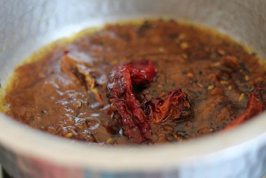 Achari Jhinga Recipe (9)