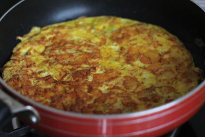 Potato Wafer Omelette Recipe