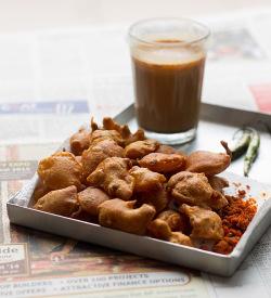 Aloo Pakora Recipe, How to make Aloo Pakora Recipe | Pakora Recipe