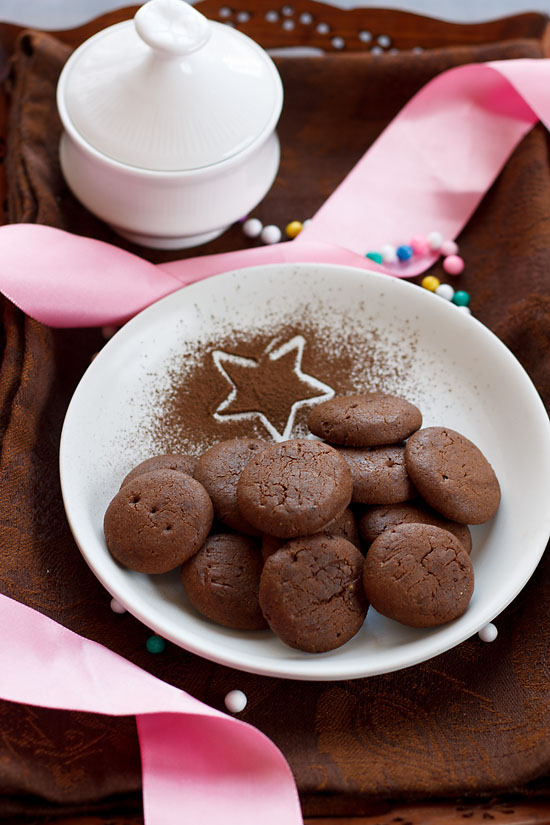 Eggless Chocolate Cookies recipe