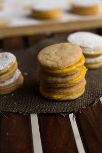 Eggless Sandwich Cookies Recipe