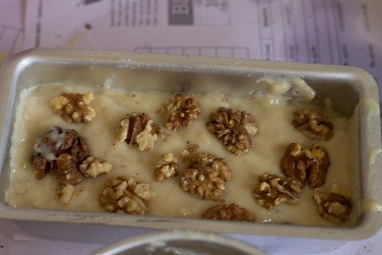 Eggless Banana walnut cake recipe