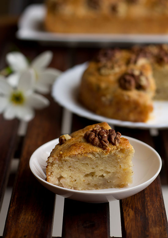 Eggless Banana walnut cake recipe