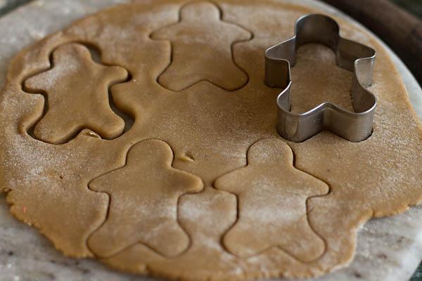 Eggless Gingerbread Cookies Recipe (20)
