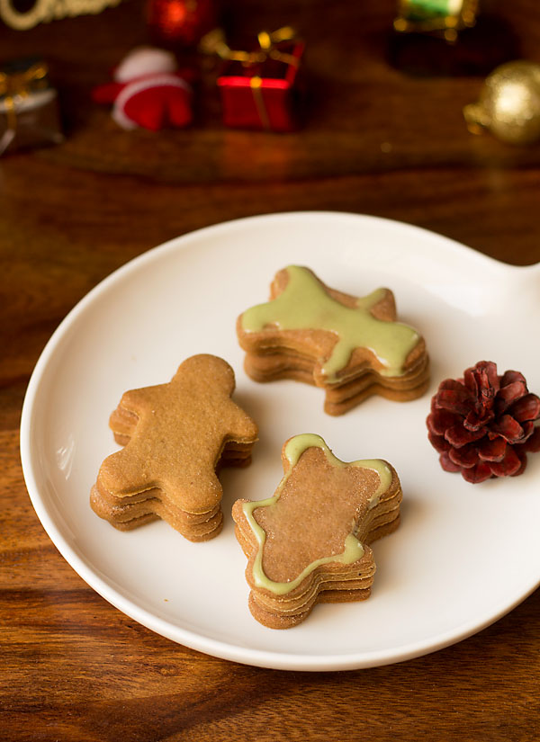 Eggless Gingerbread Cookies Recipe (5)