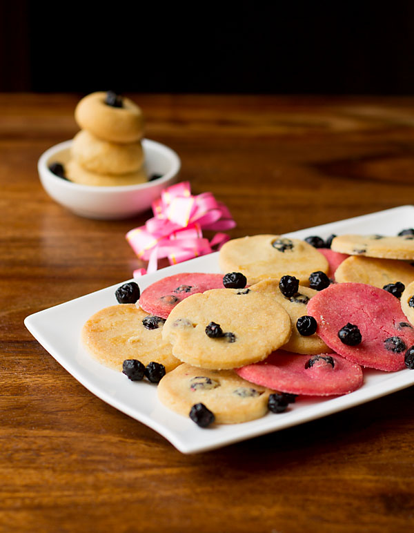 Eggless Blueberry Cookies (Quick & Easy)