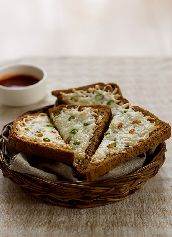 Cheese Chilly Toast recipe