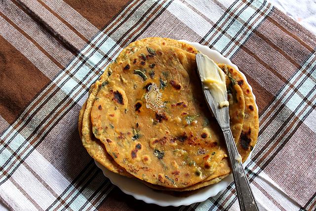 Gujarati Methi Thepla Recipe – Methi Thepla Recipe | Thepla Recipe