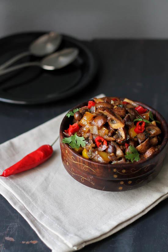 Mushroom Chili Fry Recipe, How to make Goan Mushroom Chili Fry | Mushroom Stir Fry