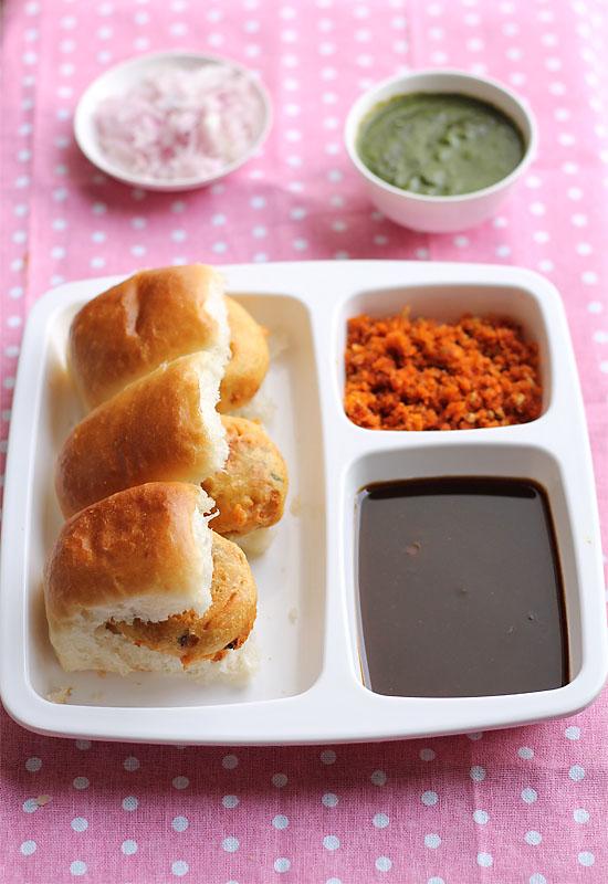 Vada Pav Recipe, How to make Mumbai Vada Pav Recipe | Mumbai Street food