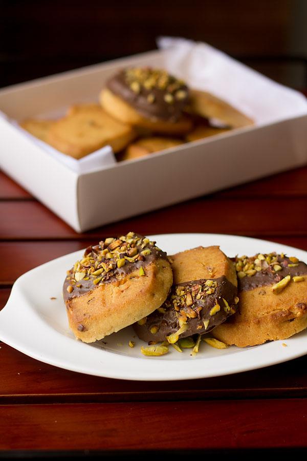 Eggless Pistachio Cookies