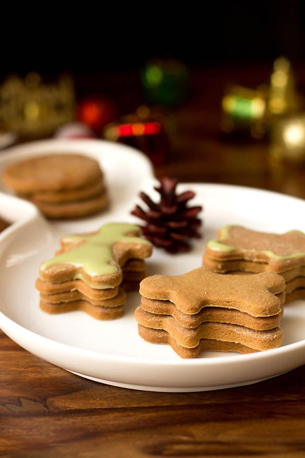 Eggless Gingerbread Cookies Recipe (4)